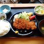 67021543 - トンカツ定食780円
