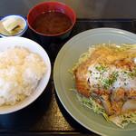 とんかつ太郎 - かつ丼定食