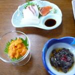 67025796 - 海胆、刺身(烏賊、蛸、サーモン)、海鼠酢