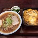 かなめ食堂 - 玉子丼と中華セット(H29.4.14)