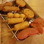 67030207 - 豚・レンコン・うずら・チーズ 108円                       紅しょうが 162円
