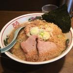 東京屋台らーめん 翔竜 - 二番味(740円)