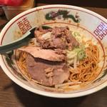 東京屋台らーめん 翔竜 - 背脂そば(680円)