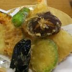 割烹 なかむら - 天ぷら盛合せ 1,100円