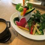67039924 - 「鎌倉野菜のバーニャカウダ」