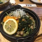 小田原バル - 雲丹 豆苗のバターソテー 780円  薄味でしたのでバーニャカウダのソースをかけて食べたらこれまた美味しい♡