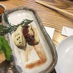 小田原バル - ホタルイカ塩辛じゃがバター 380円  ホタルイカの塩辛美味しいです!