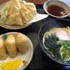 正八郎うどん - 料理写真:天ぷらうどんセット=840円