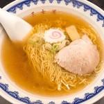 三吉屋 - 料理写真:中華そば(並)(600円)