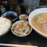長崎ちゃんぽん - 豚しゃぶ定食+ミニもつ煮