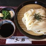 太助 - 料理写真:ざるうどん(*゚∀゚*)390円