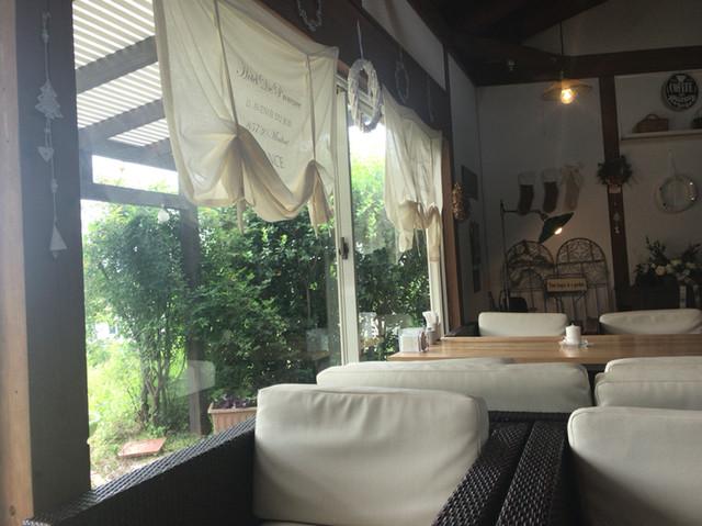 レッドハウスカフェ