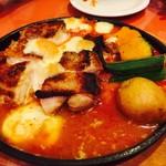 67068010 - 大山鶏とモッツァレラチーズのトマトソース煮込み
