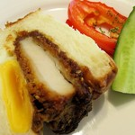 スペイン窯 パンのトラ - 味噌カツサンド