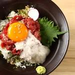 桜肉寿司と飛騨牛もつ鍋 TATE-GAMI - とろろユッケ丼