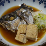 縁 - ヒラマサのカブト、豆腐の煮付け