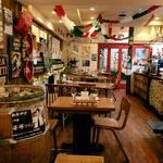 東京 ITALIAN AKATSUKA - ローマのトラットリアをイメージした店内
