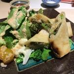 和膳と酒肴 廚 - 新生姜と筍の春巻き