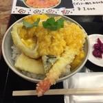 炉端と天ぷら屋台 さくら亭 - 天丼アップ