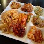 フクカン いやしカフェ - 料理写真:韓国薬膳ランチバイキング(1080円) ① ※クーポン使用