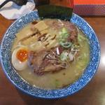 ラーメン 麺丸 - 料理写真:豚なんこつチャーシュー麺 大盛り