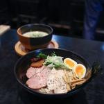 麺者すぐれ - 2017年5月再訪:すぐれつけ麺 三種の肉・味玉・海苔☆