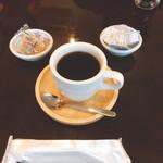CAFA COFFEE  きの子茶屋 - 野生のコーヒー ホット(500円)【平成29年5月14日撮影】