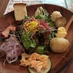 67088564 - 前菜とサラダ