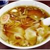 Shinraiken - 料理写真:ワンタン麺 700円 ザッツ☆スタンダードな醤油ラーメン。拝見を知ると色々と感慨深いです。
