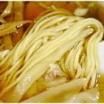 進来軒 - プニプニ感のある麺。むかーしからこれなのかな?美味しいです♪
