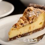 ハミングバード2000 - 濃厚チーズケーキとクッキーの奏でるハーモニー『クッキークリームのチーズケーキ』