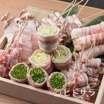 八まる - お肉と野菜の旨味が絶妙に調和した『豚バラ巻き』