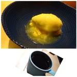 TTOAHISU - ◆アイスにメロンピューレをかけた品。 食後にアイスを頂くと、口の中がサッパリします。