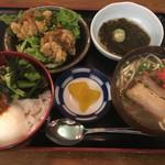 67097384 - 生七味丼とミニ沖縄そば