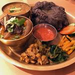 ネパール ミテリキッチンレストラン&バー - ディドセット