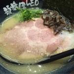 龍旗信LEO - 塩とんこつラーメン 830円