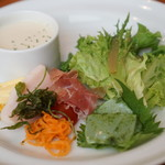 洋食 もくれん - 1850円ランチコース 前菜