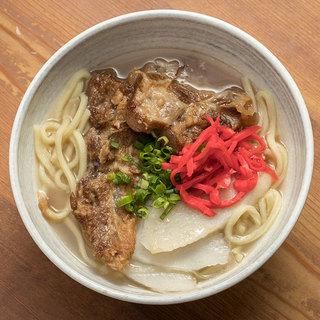 こだわりの創作沖縄料理。単品料理メニューも充実!