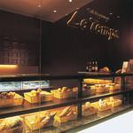 ル・タン - レストラン併設のペストリー&ベーカリーショップ