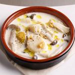 ホタテ貝柱とキノコのクリーム煮