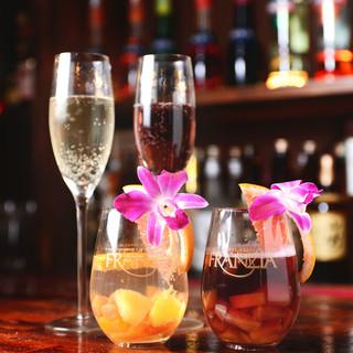 ☆大人気!サングリア&スパークリンワインで乾杯♪☆