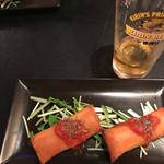 住吉町立ち呑みばる平八郎 - セットのビールグラス