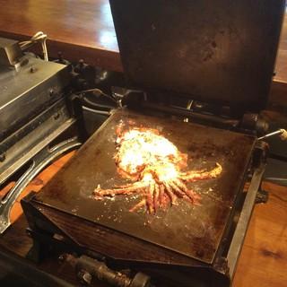 亀甲名物姿イカのプレス焼き