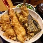 三惚 - ランチの「天丼」(930円)