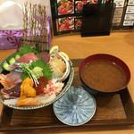 丼ぶりこ - 北海の海宝丼 味噌汁付き