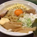 熊本油大学  - 料理写真:油そば(250g)に焦がしチーズトッピング