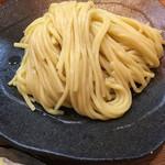67119095 - 相変わらずの艶々とした黄色の麺('17/05/16)