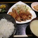 旬の鮮魚と京野菜 魚魚 - 生姜焼き定食