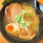 風味絶佳 麺屋まるきた商店 - 料理写真:まるきたラーメン