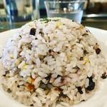 Spice&Sweets KAJU - Lサイズのこんもり十穀米。